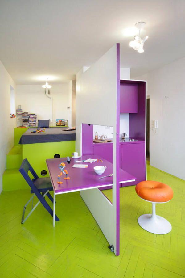"""Креативное решение для маленькой квартиры - перегородка """"откидной столик"""". Экономит место и делит пространство."""