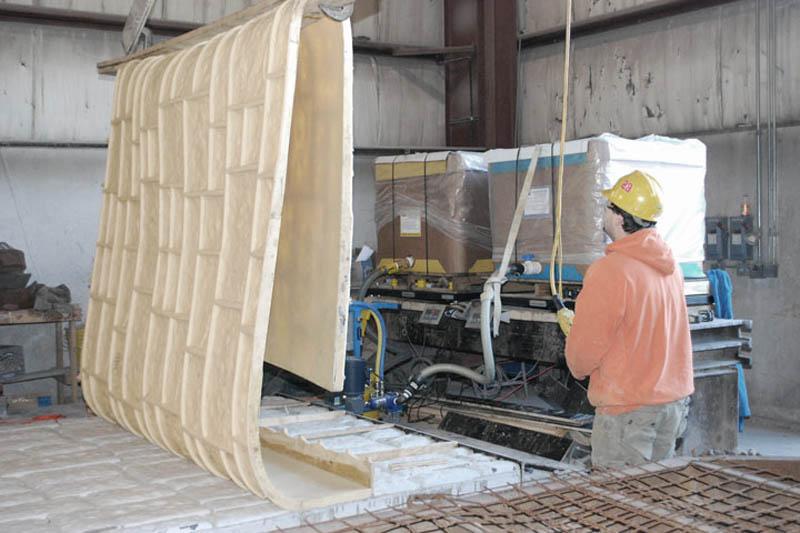 Формы из полиуретана для изготовления искусственного дикого камня не стандартных размеров.