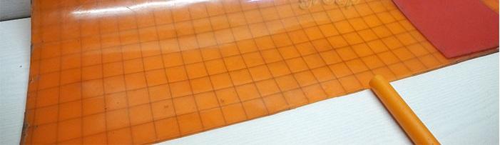 По желанию клиента мы производим армирование полиуретаноых матов.