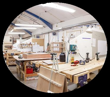 """Швейный цех """"Красный кит"""", входящий в группу компаний TRIMIC имеет уже более чем 10-ти летний опыт работы с любыми тканями."""