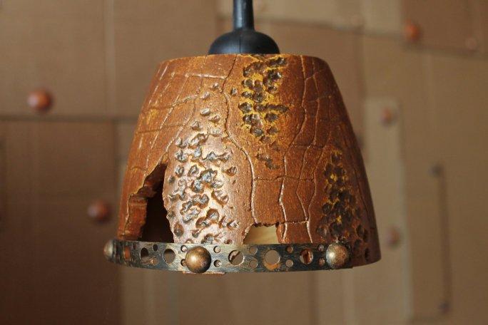 """Вариант светильника """"Паутина со сколотым элементом и декоративны ободом"""