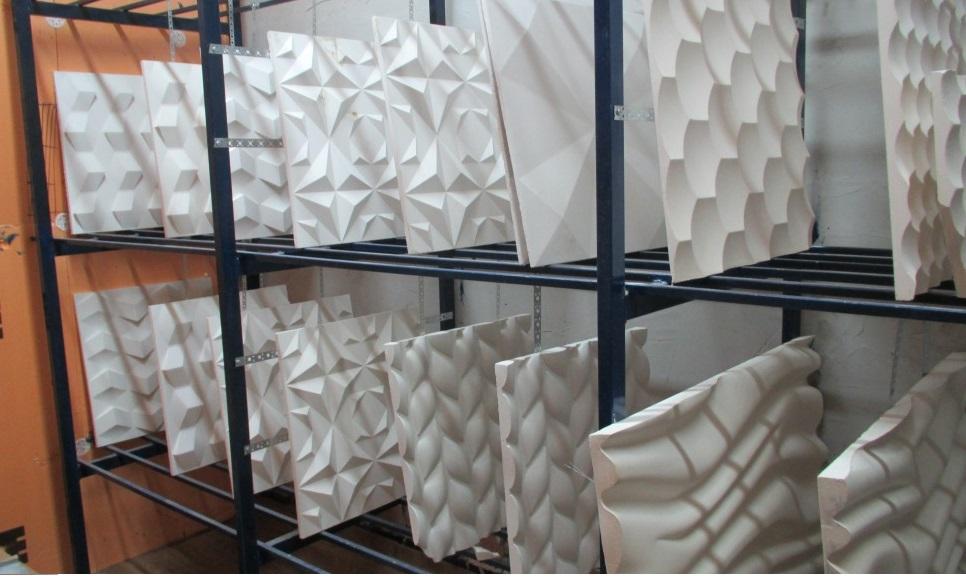 Стеллажи используемые фабрикой отделочных материалов для сушки гипсовых панелей